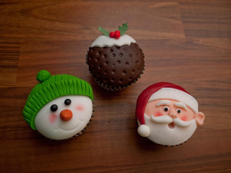 Christmas Cake Ideas Uk : Let s Make Cupcakes (Bournemouth, England): Top Tips ...