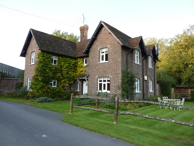 Linacre Lodge