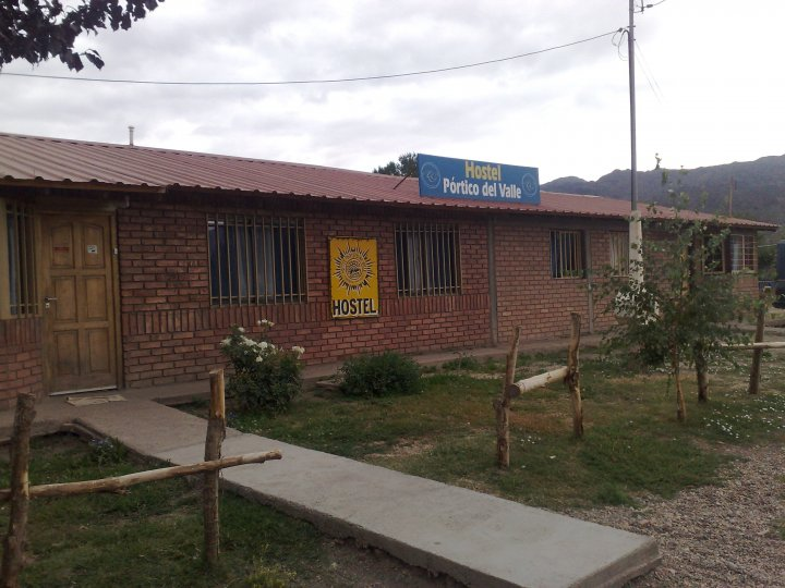 Portico Del Valle