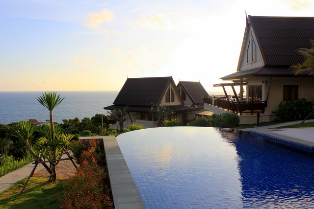 Baan KanTiang See Villa Resort (2 bedroom villas)