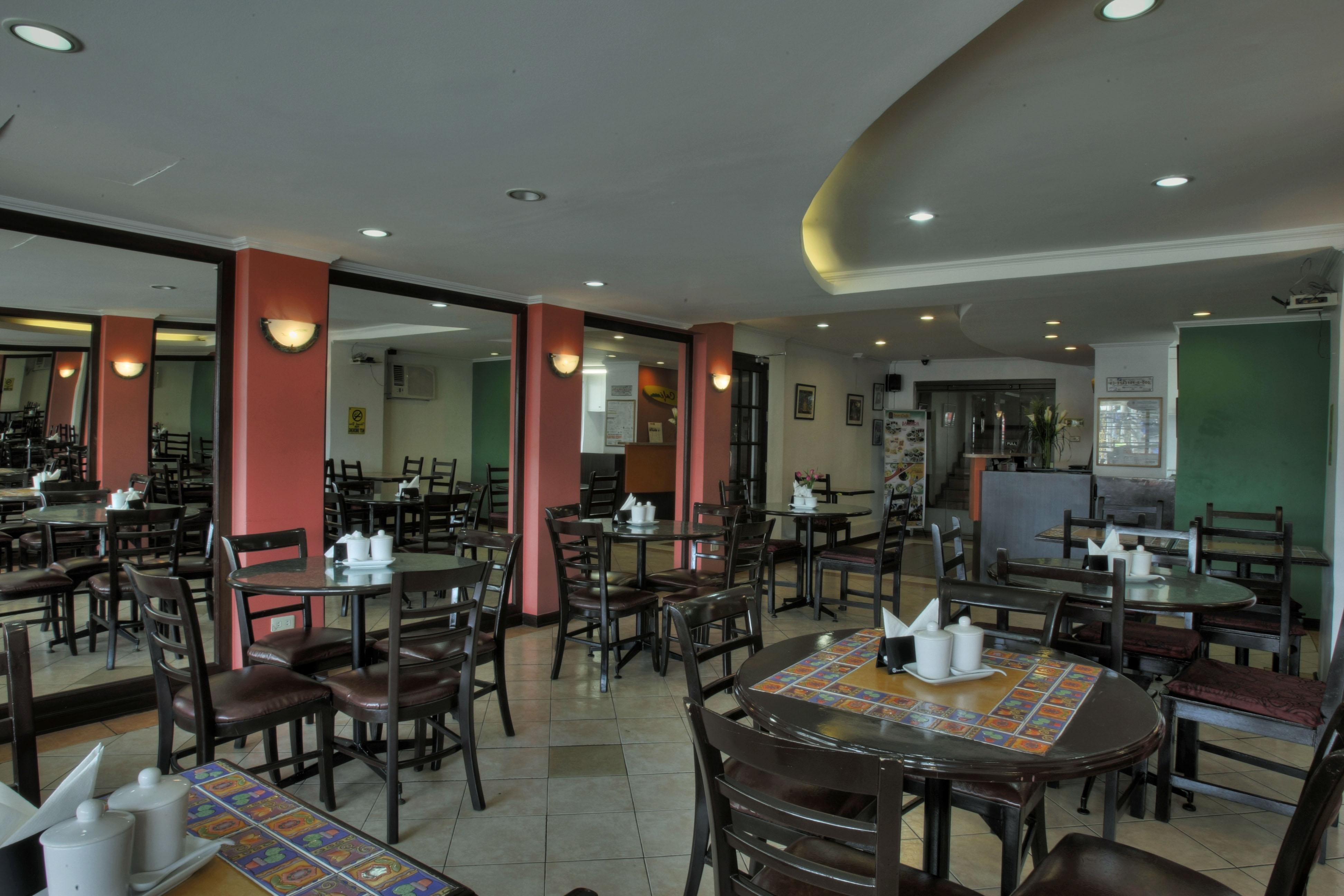 Fersal Hotel - P. Tuazon