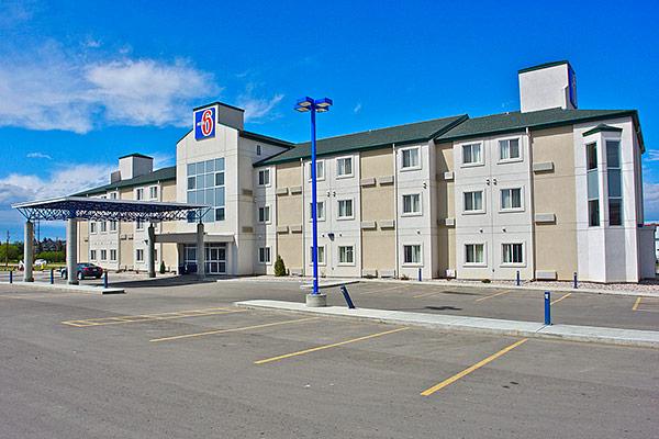 モーテル 6 ストーニー プレイン アルバータ