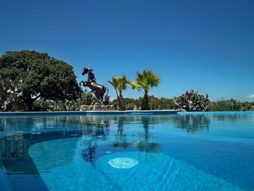 Rancho Las Cascadas - All Inclusive Boutique Resort