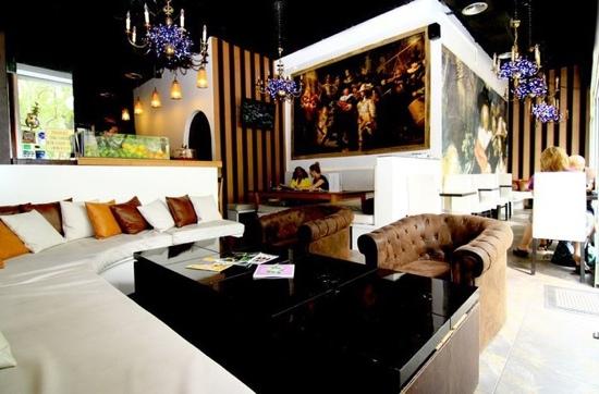 Rembrandt Cafe