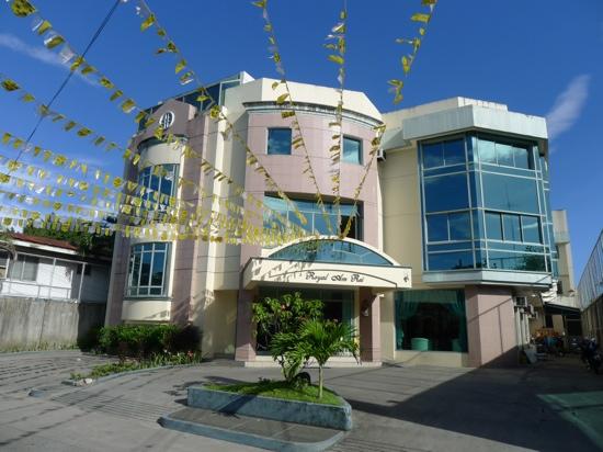 โรงแรมรอยัล แอม เรย์