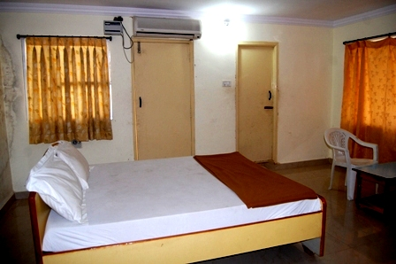Hotel Kamadhenu