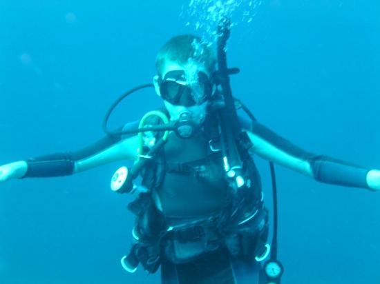 Maya Palms Dive Center