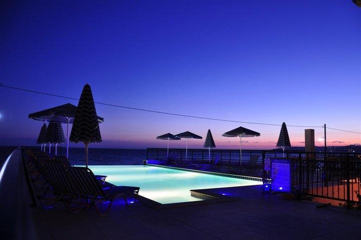 Lourdas Beach Apartments