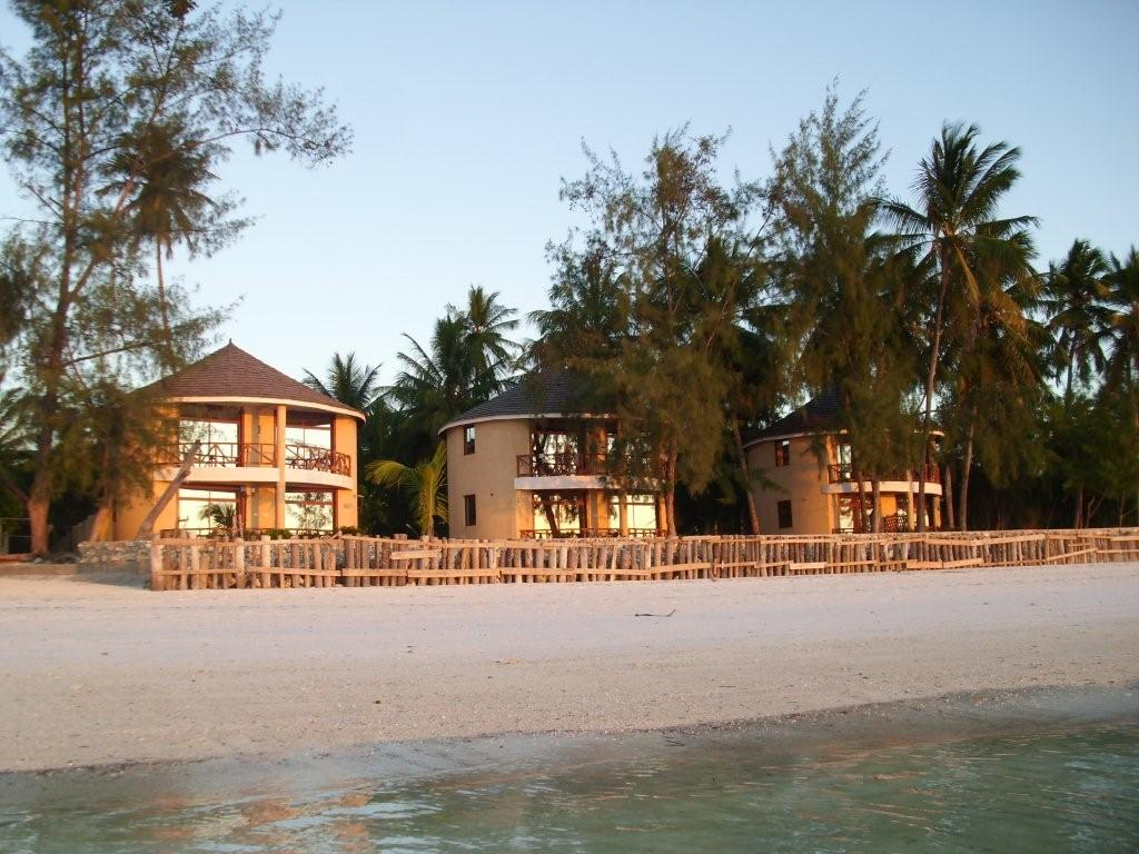 Utalii Beach Resort & Spa