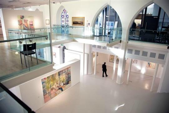Highlanes Gallery