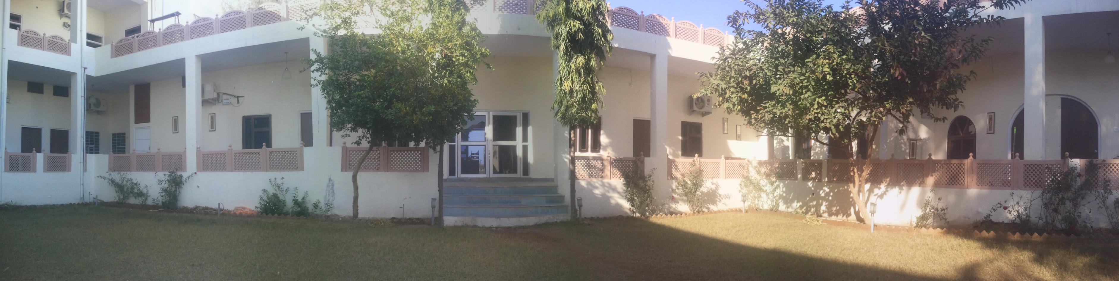 Hotel Ranthambhore Resort