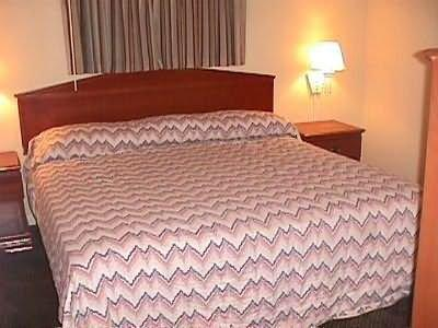 Belmont Inn & Suites