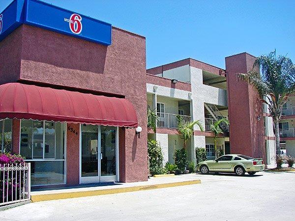 Motel 6 Bell Gardens