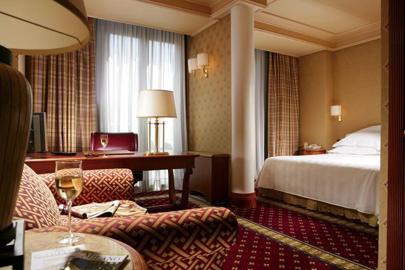 卡皮托爾米蘭酒店