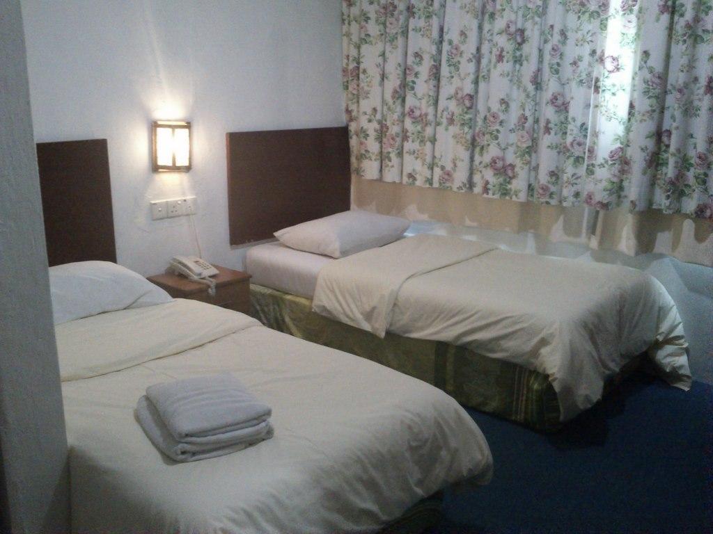โรงแรมโรส คอทเทจ ทามัน ยูนิเวอร์ซิตี้