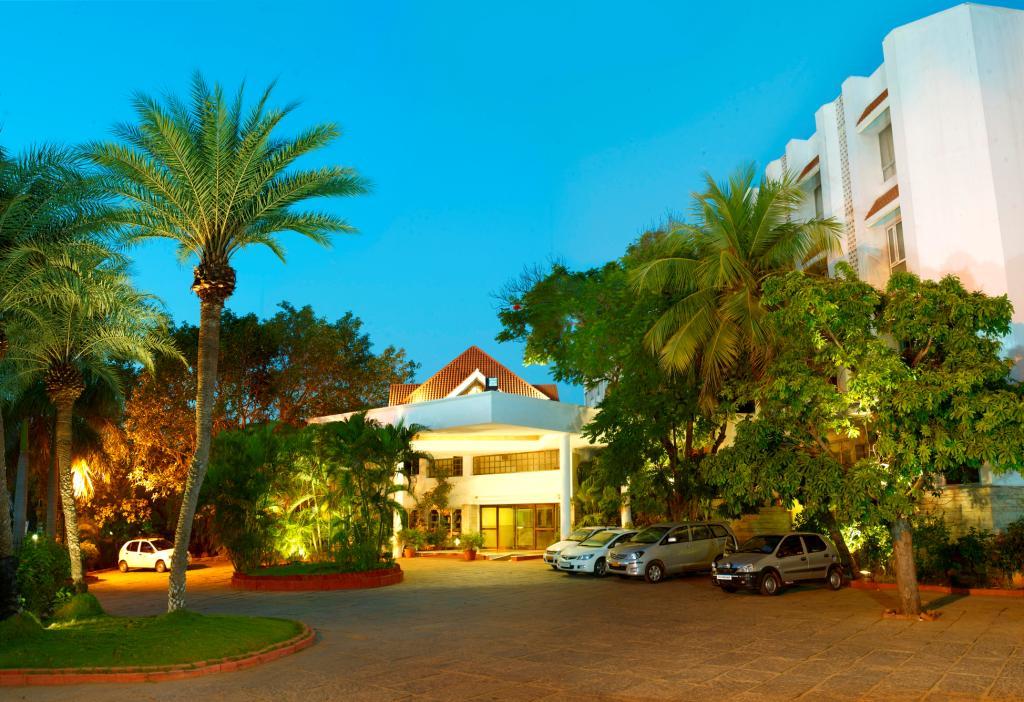 ホテル サンガム ティルチラパッリ