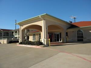Motel 6 Alvarado, TX