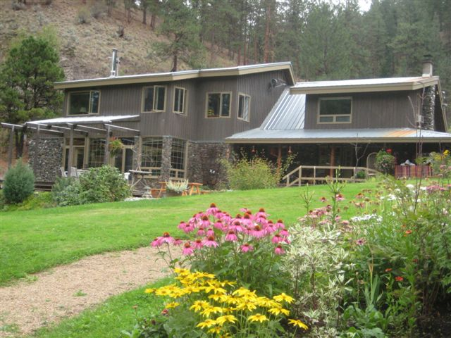 Mountain Springs Nature Retreat Lodging
