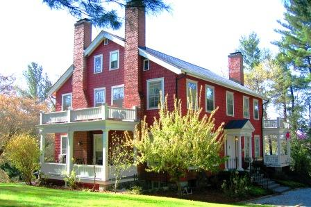 Applewood Manor Inn Bed & Breakfast