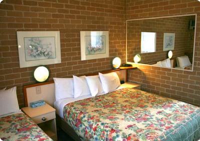 Grand Manor Motor Inn