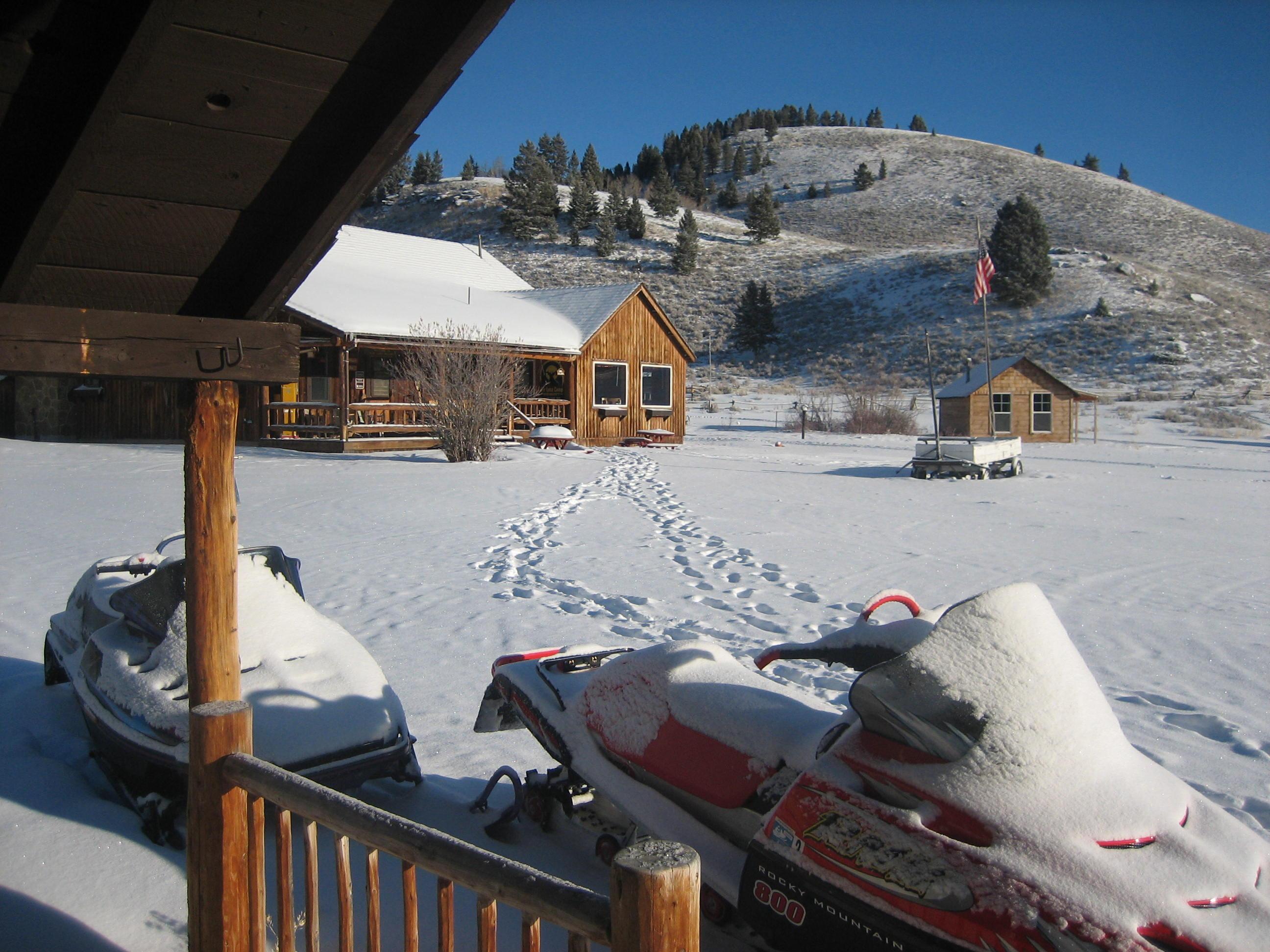 Elk Lake Resort