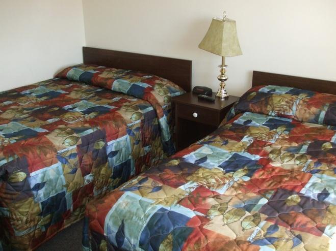 Telstar Motel