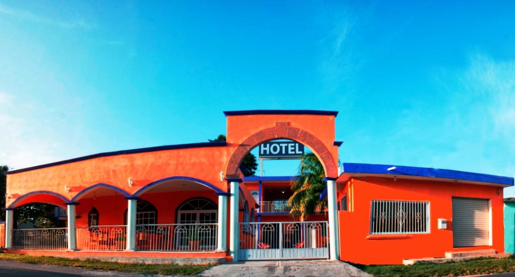 ホテル ハシエンダ バカカル