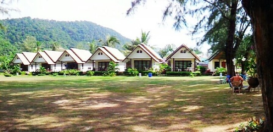 Khlong Dao Beach Bungalow