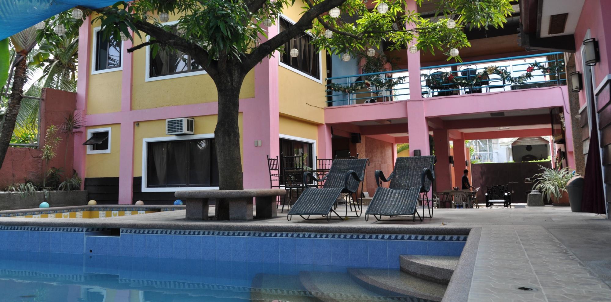 Monte Azure Resort