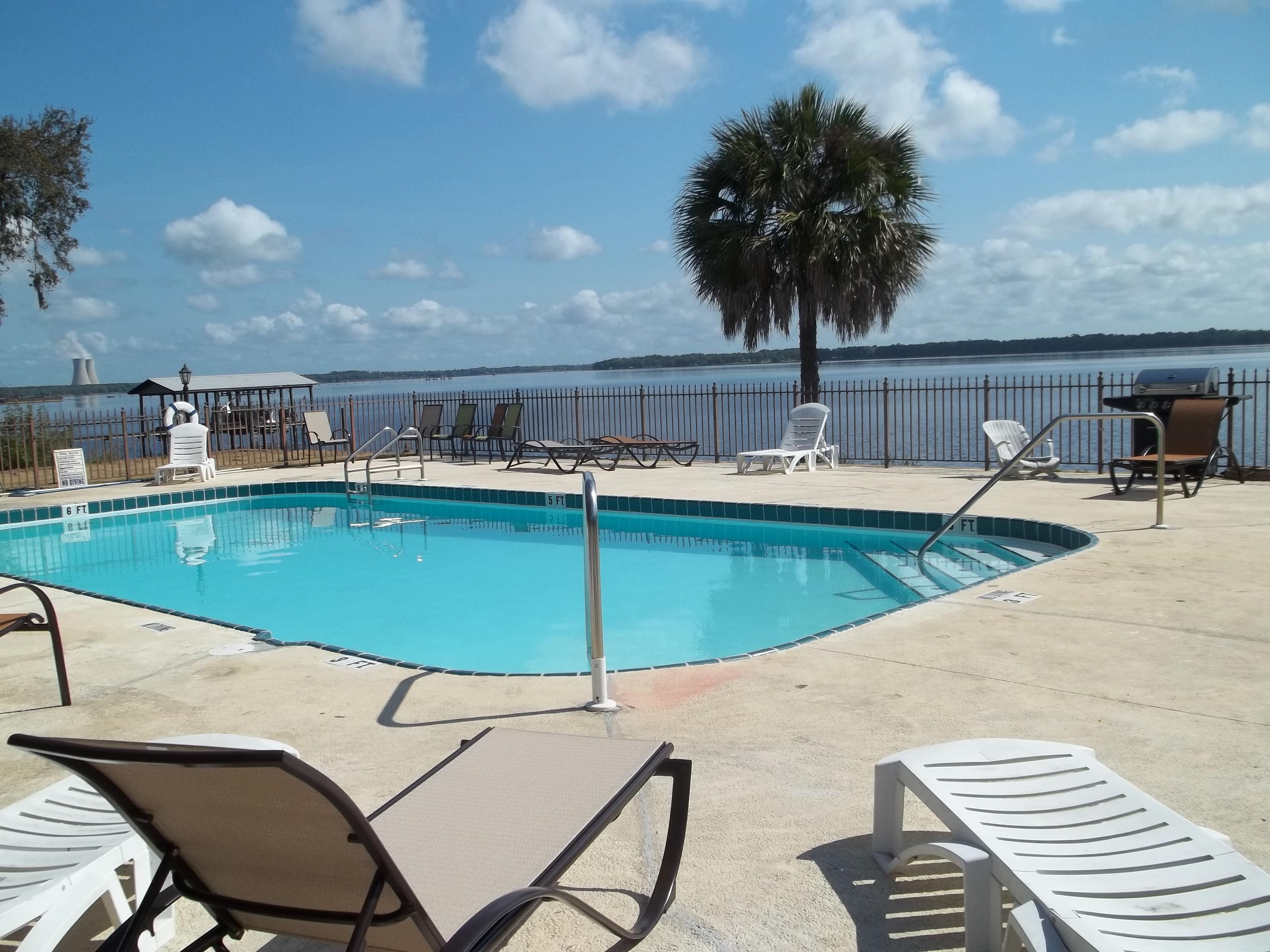 Crystal Cove Resort