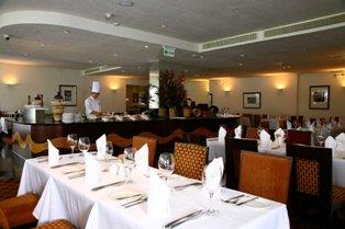 Alma Restaurant & Bar