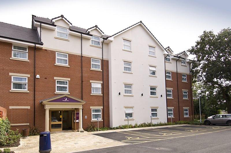 Premier Inn Birmingham Central (Hagley Road) Hotel