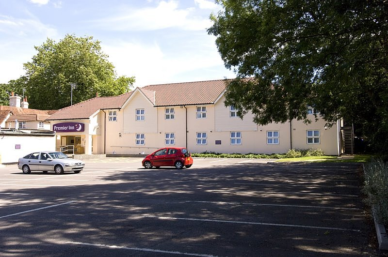 ‪Premier Inn Bracknell (Twin Bridges) Hotel‬