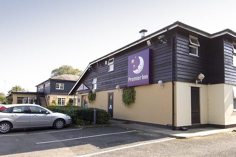 Premier Inn Cheltenham North West