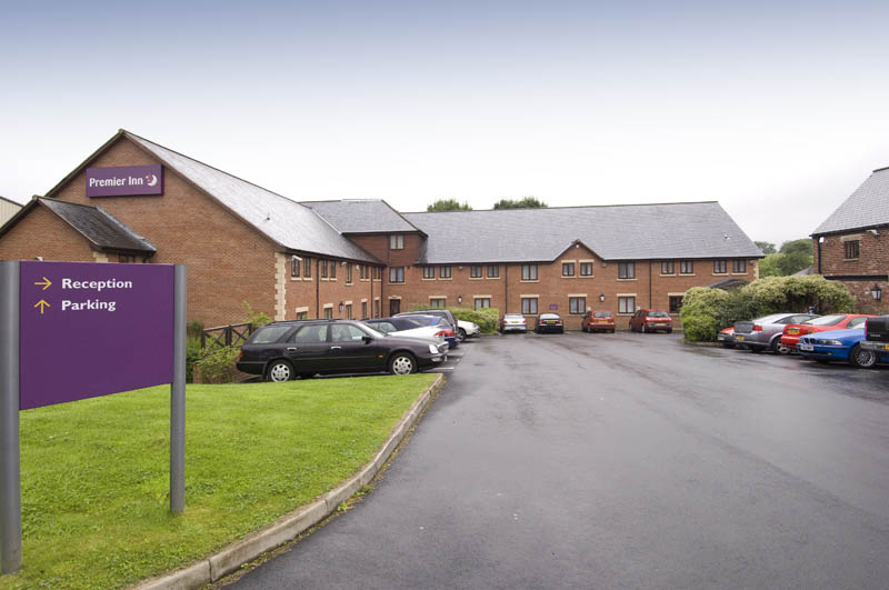 ‪Premier Inn Chorley North‬