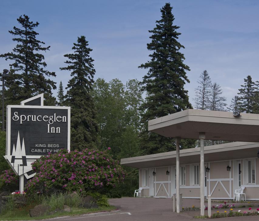 Spruceglen Inn