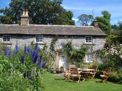 Castle Hill Farm House