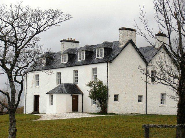 Inchnadamph Lodge B & B