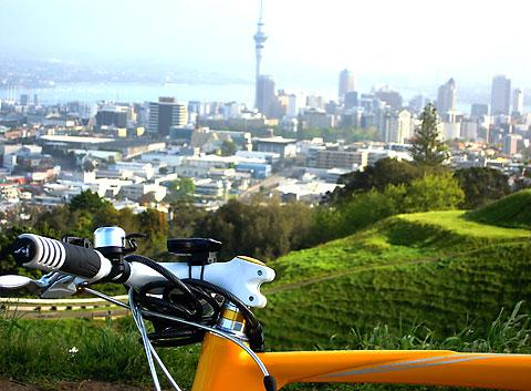 Bike Auckland with Mike Day Tours