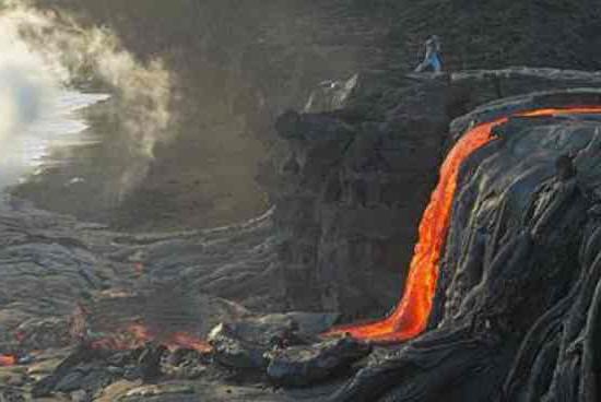 Big Island Volcano and Waterfalls Tours