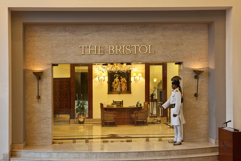 더 브리스톨 호텔