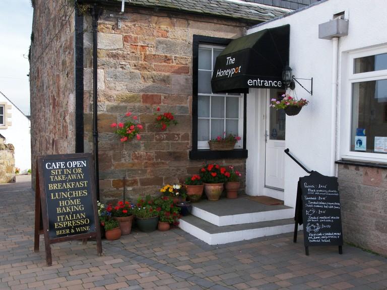 Honeypot Guest House & Tearoom