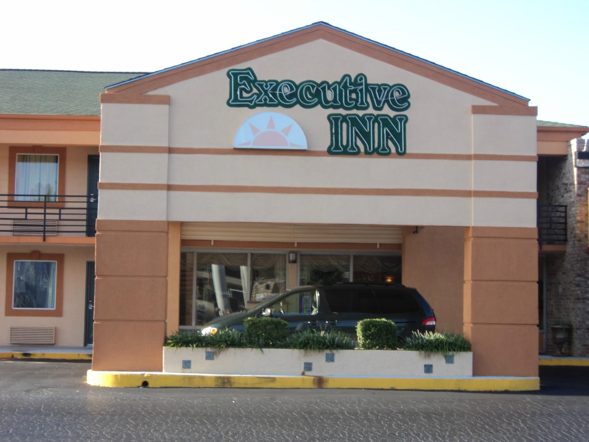 Executive Inn Locust Grove