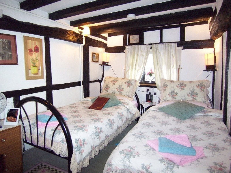 Medieval Lodge Bed & Breakfast
