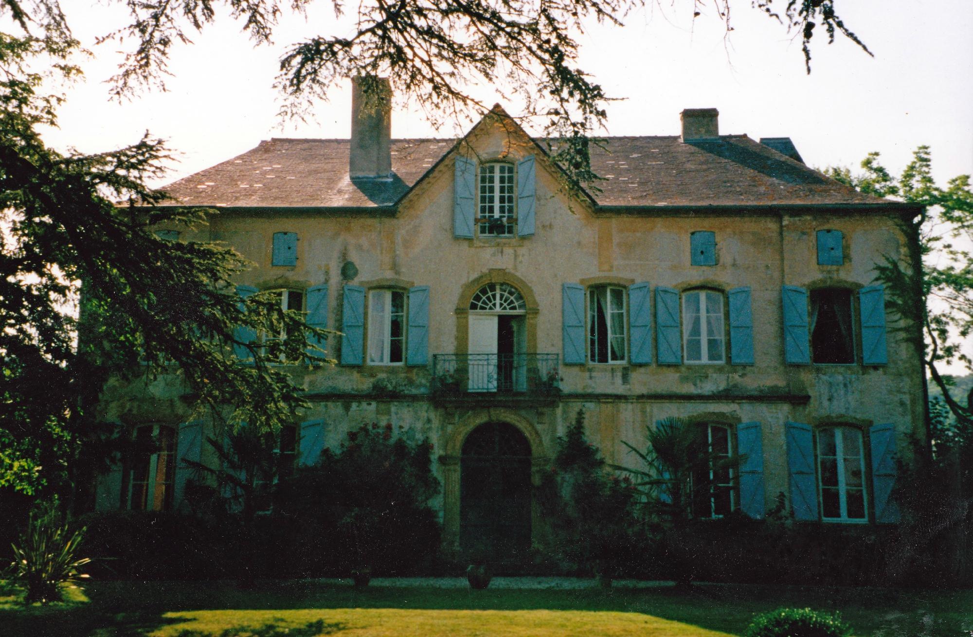 Chateau De Sombrun
