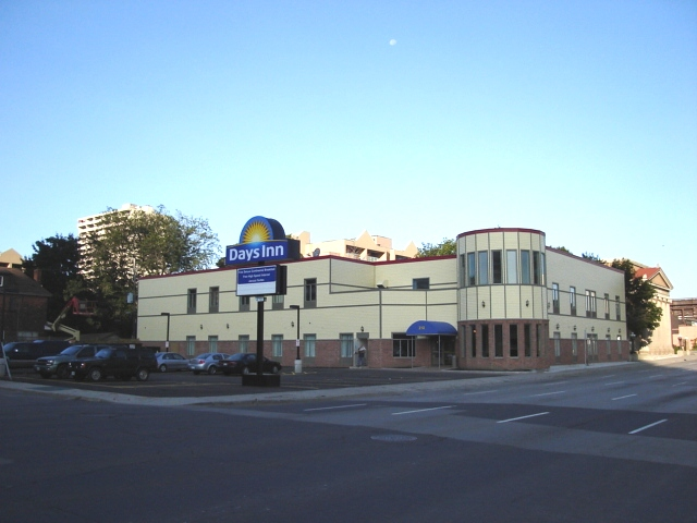 汉密尔顿戴斯酒店
