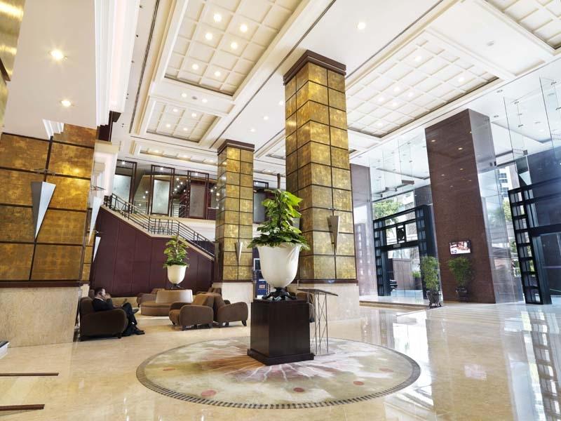 โรงแรมแกรนด์ซีซันส์
