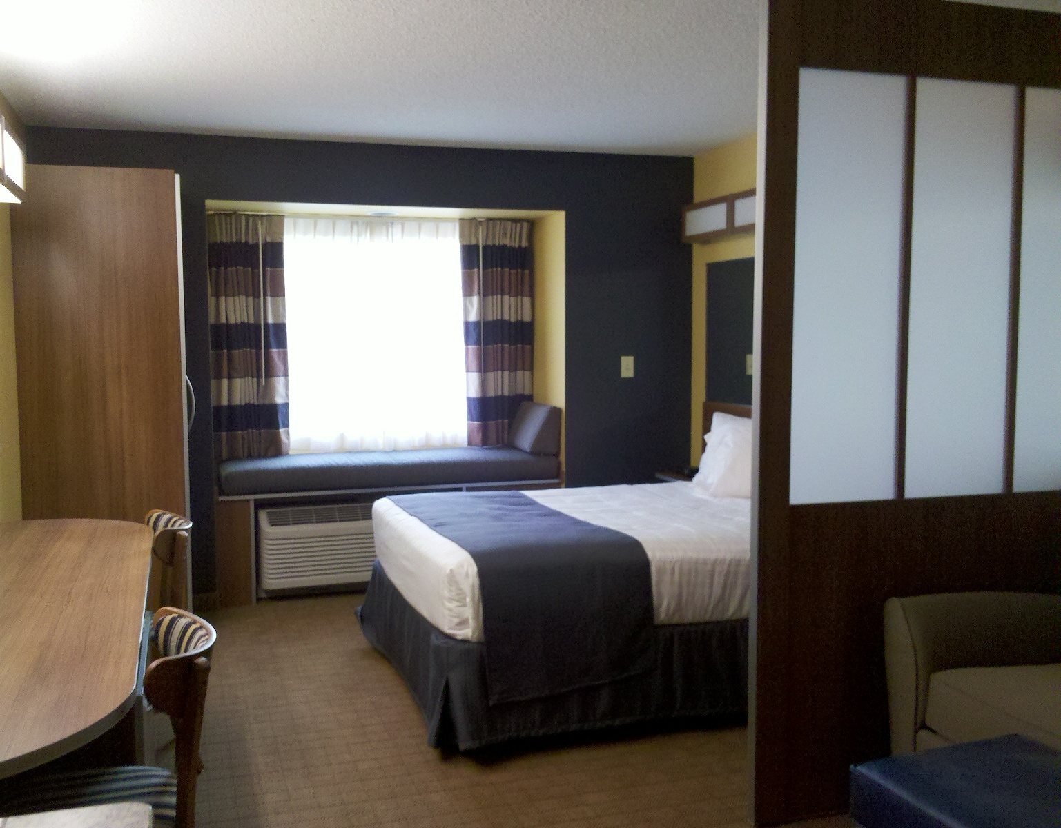 Microtel Inn & Suites by Wyndham Chili/Rochester Airport