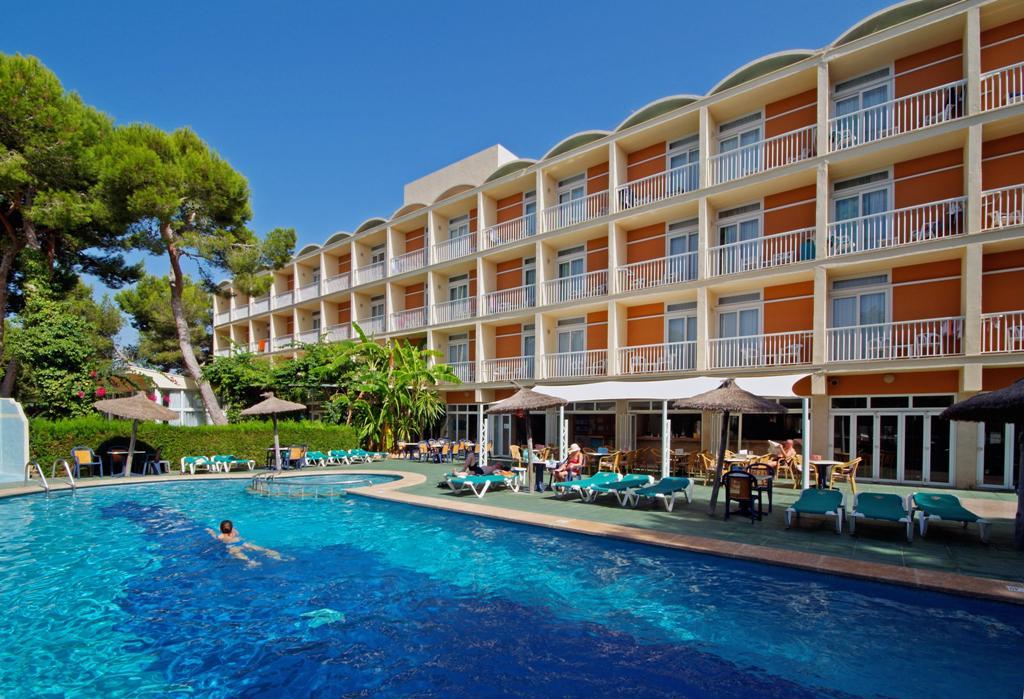 Isla de Cabrera Hotel