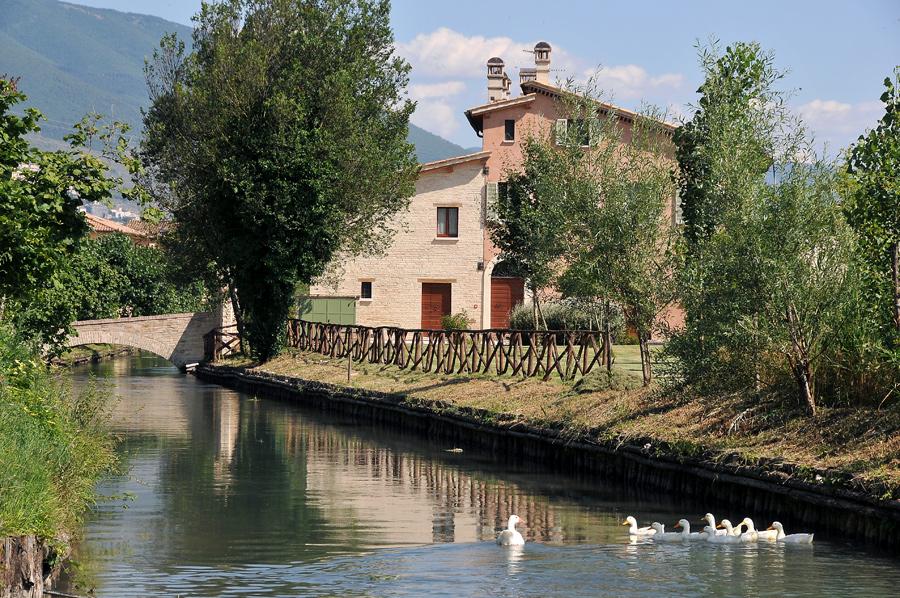컨트리 하우스 카스코 델 아쿠아
